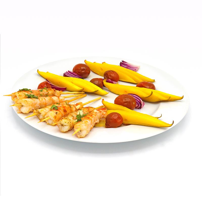 Brochetas de gambones y verdura