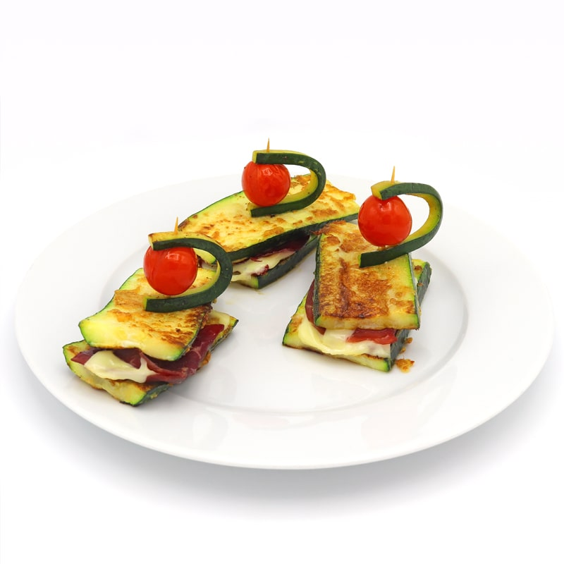 Calabacín a la plancha con jamón y queso light